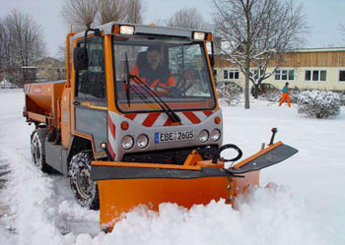 Gemeinsame Kommunalfahrzeug für den Winterdienst | KommunalTechnik &VT_36